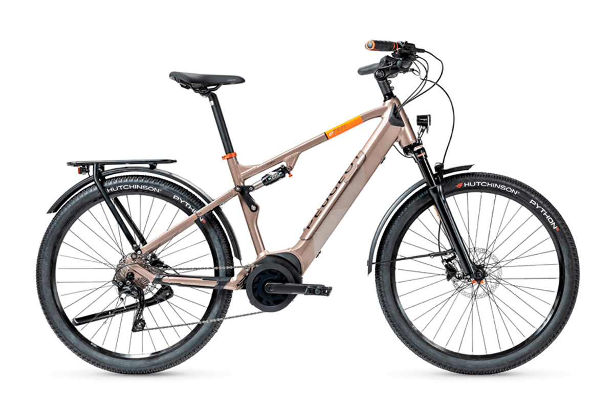 The eT01 Crossover FS is available with or without lights, mudguards, kickstand and cargo rack