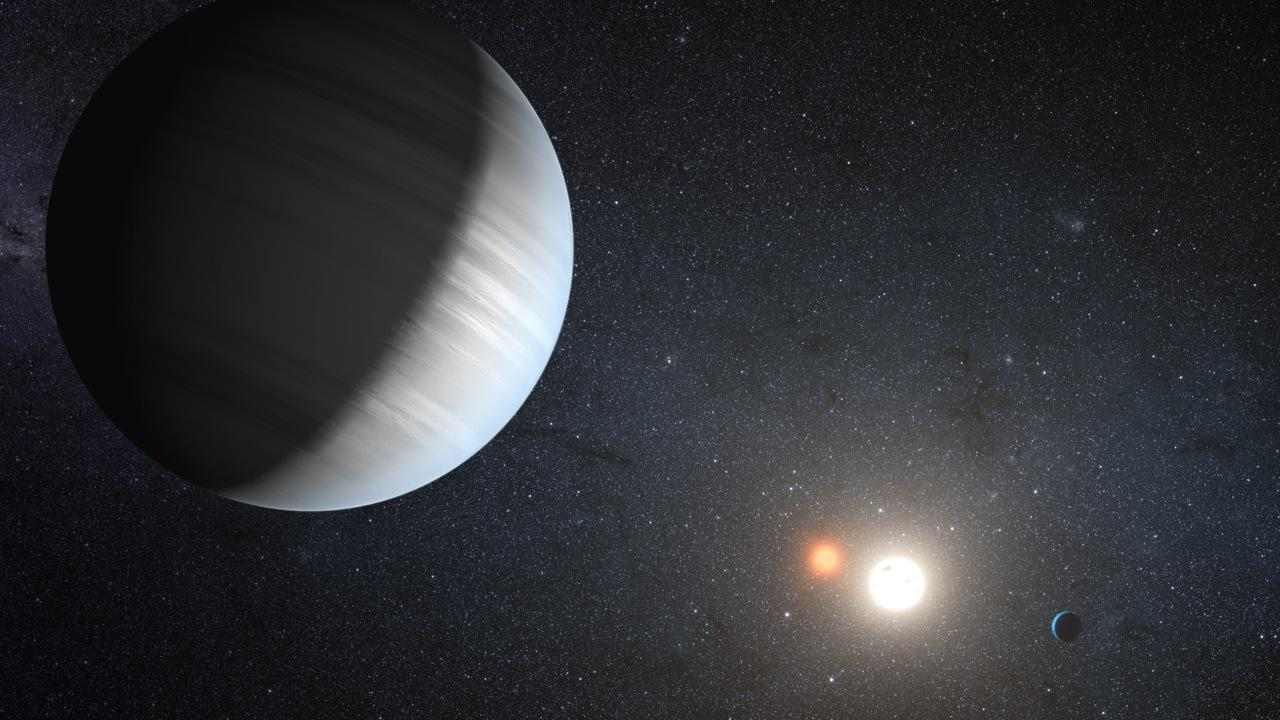 Artist's impression of Kepler-47, the first confirmed binary system with multiple planets (Image: NASA/JPL-Caltech/T. Pyle)