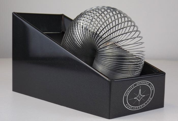 A look at the Never Ending Slinky Machine