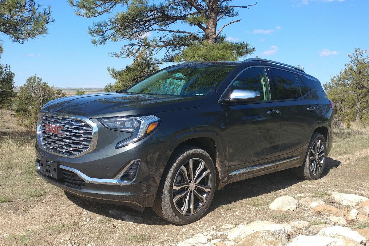 The most obvious changes to the 2018 GMC Terrain are seen from the outside