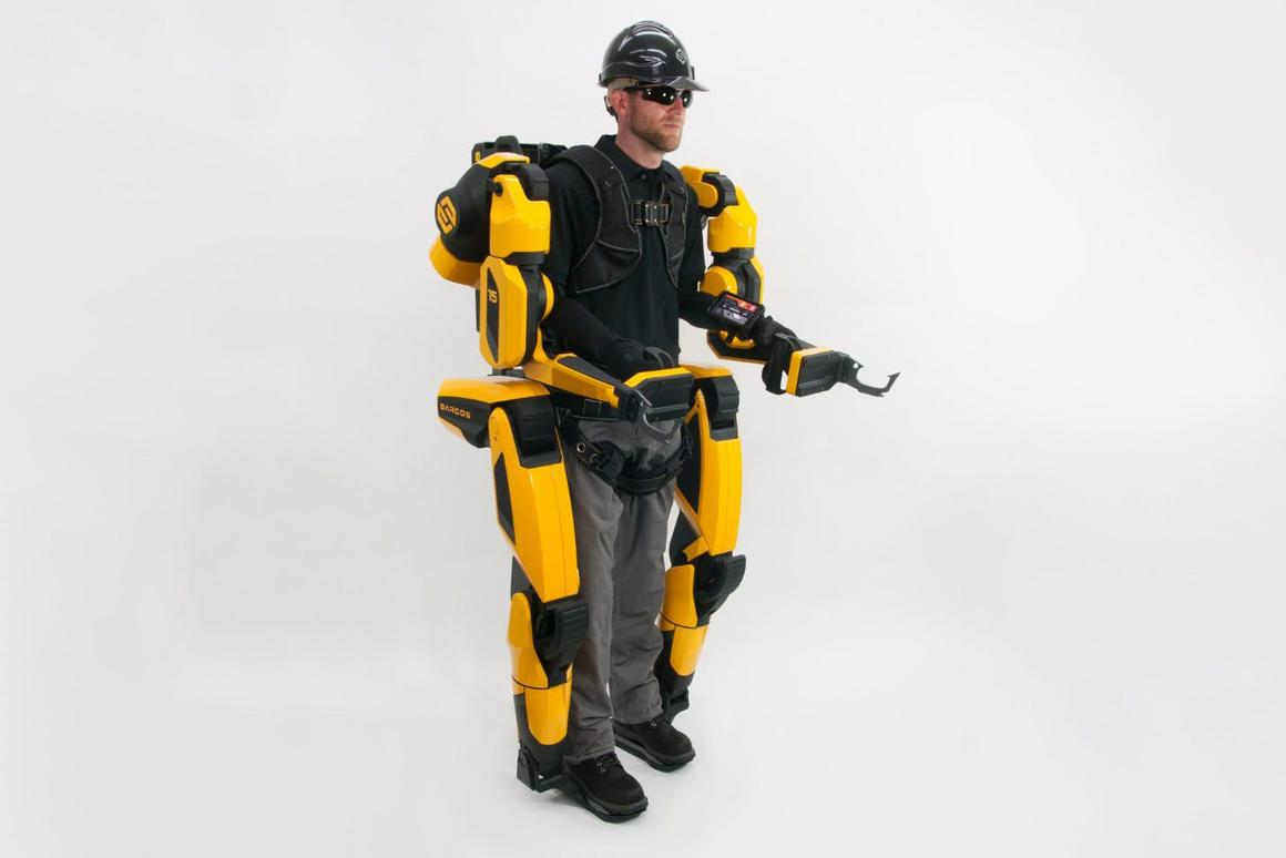 Sarcos' full-body exoskeleton promises to make users twenty times stronger