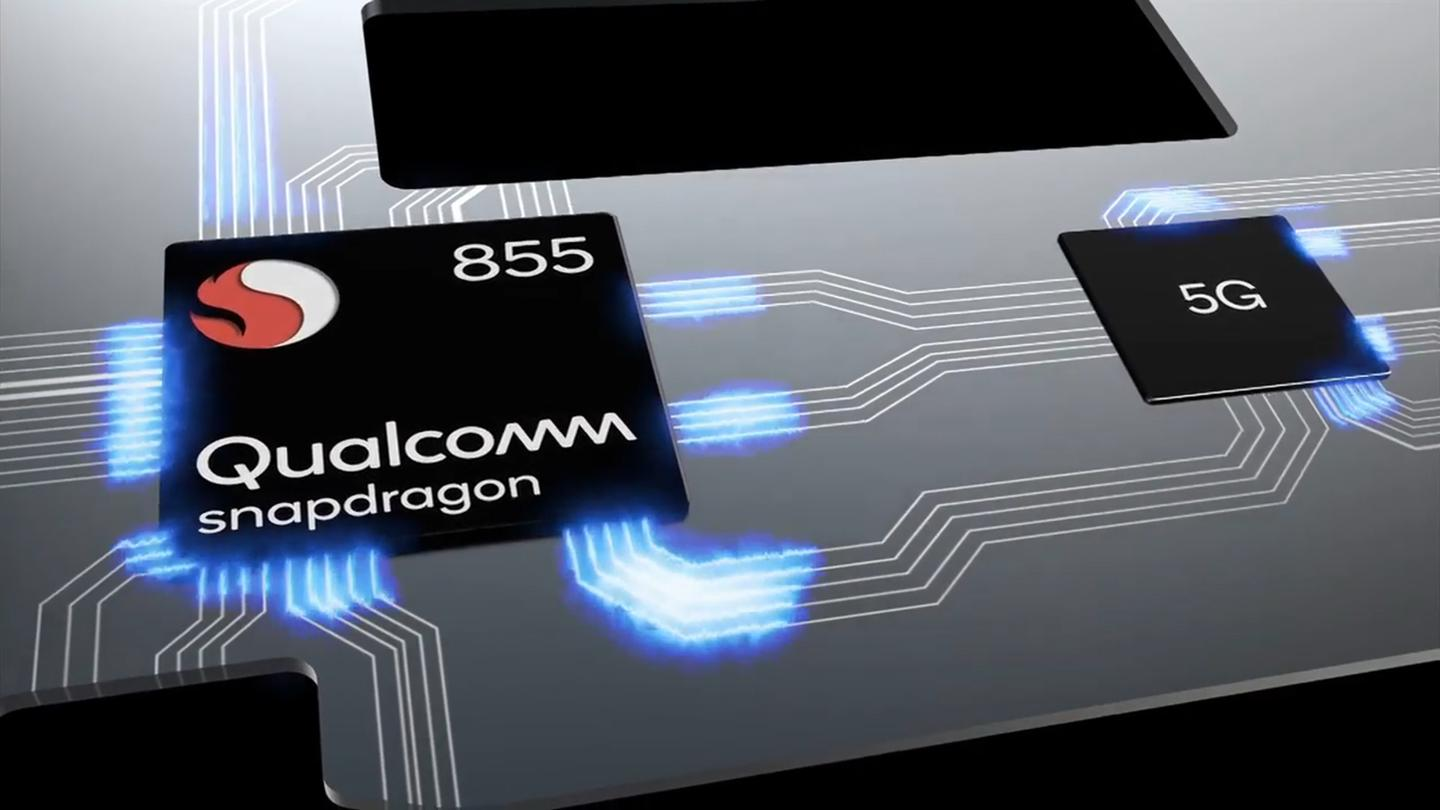 The Qualcomm Snapdragon 855 includes improved AIand 5Gsupport
