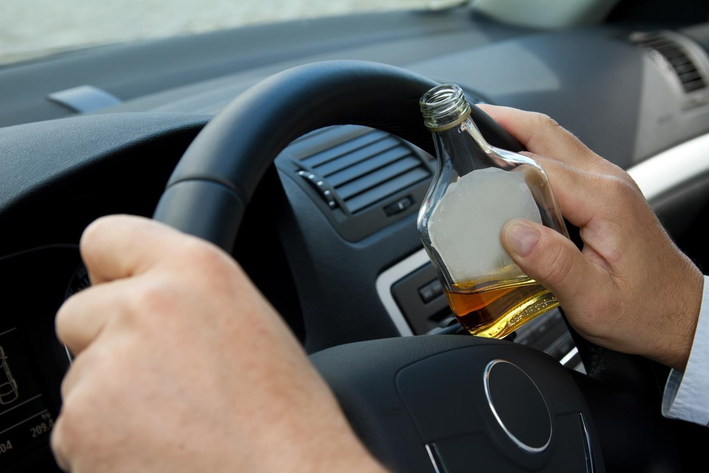 Scientists have used lasers to gauge the alcohol vapor content of the air in moving cars (Photo: Shutterstock)