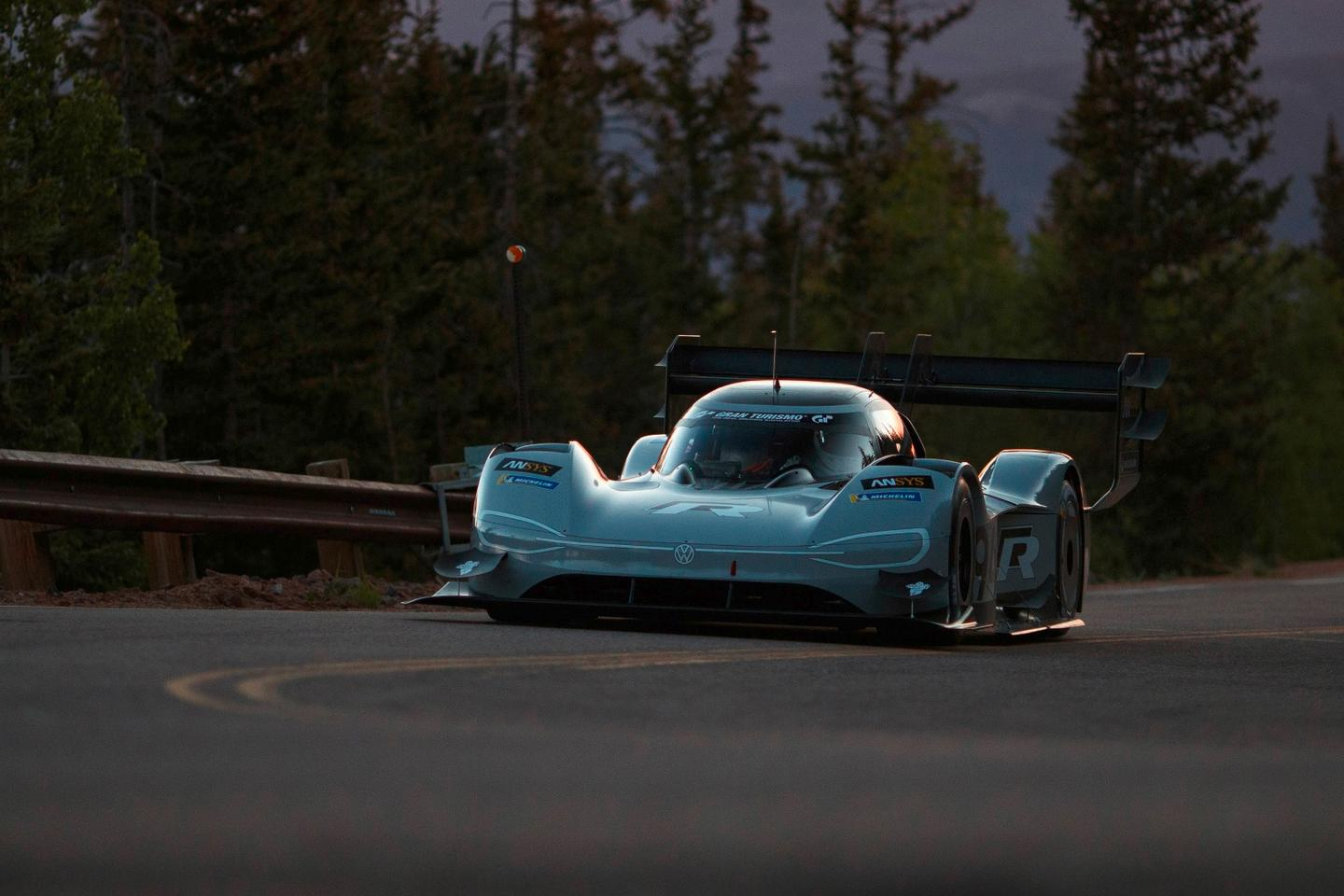 The Volkswagen I.D. R Pikes Peak in qualifying action
