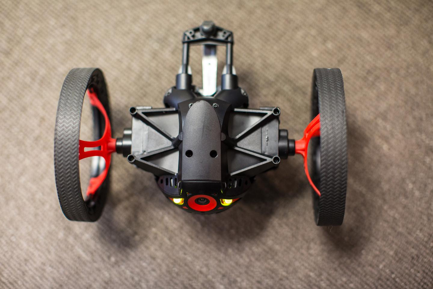 The Jumping Sumo's secret weapon is a spring system built into its backside (Photo Gizmag/Nick Lavars)
