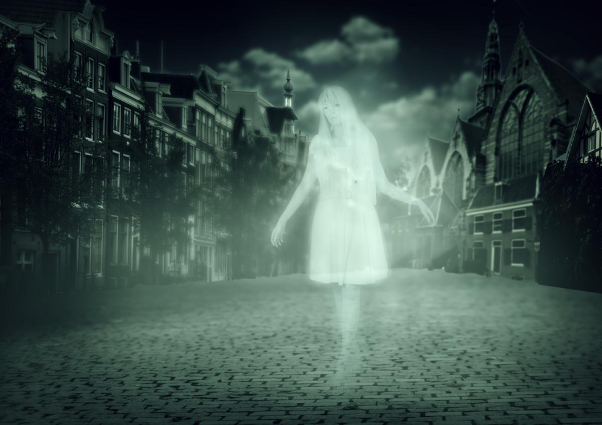 """EPFL researchers succeeded in recreating the feeling of a """"ghostly presence"""" in the laboratory (Photo: Shutterstock)"""
