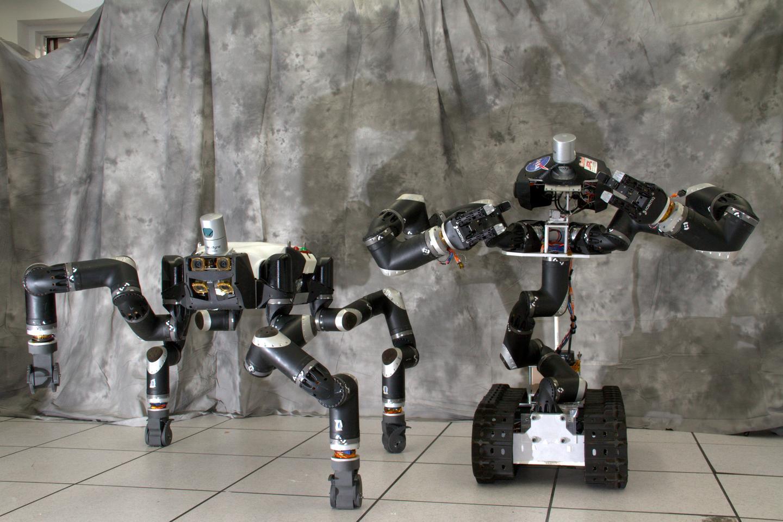 RoboSiman and Surrogate (Photo: JPL)