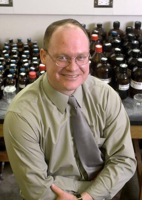 Dr. Paul D. Savage of Brigham Young University's Department of Chemistry and Biochemistry. Photography by Mark Philbrick