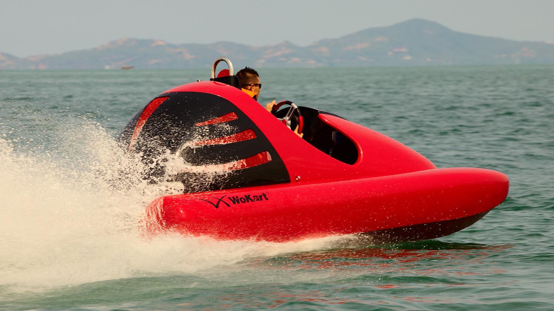 Wokart: The 70 km/h go-kart for the water