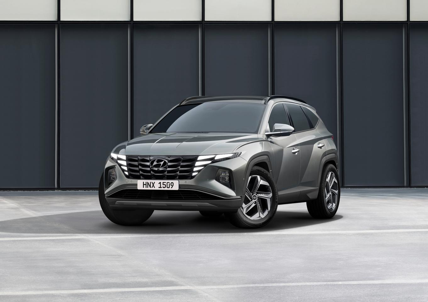 Hyundai gives the new Tucson a dynamic new grille and lighting design