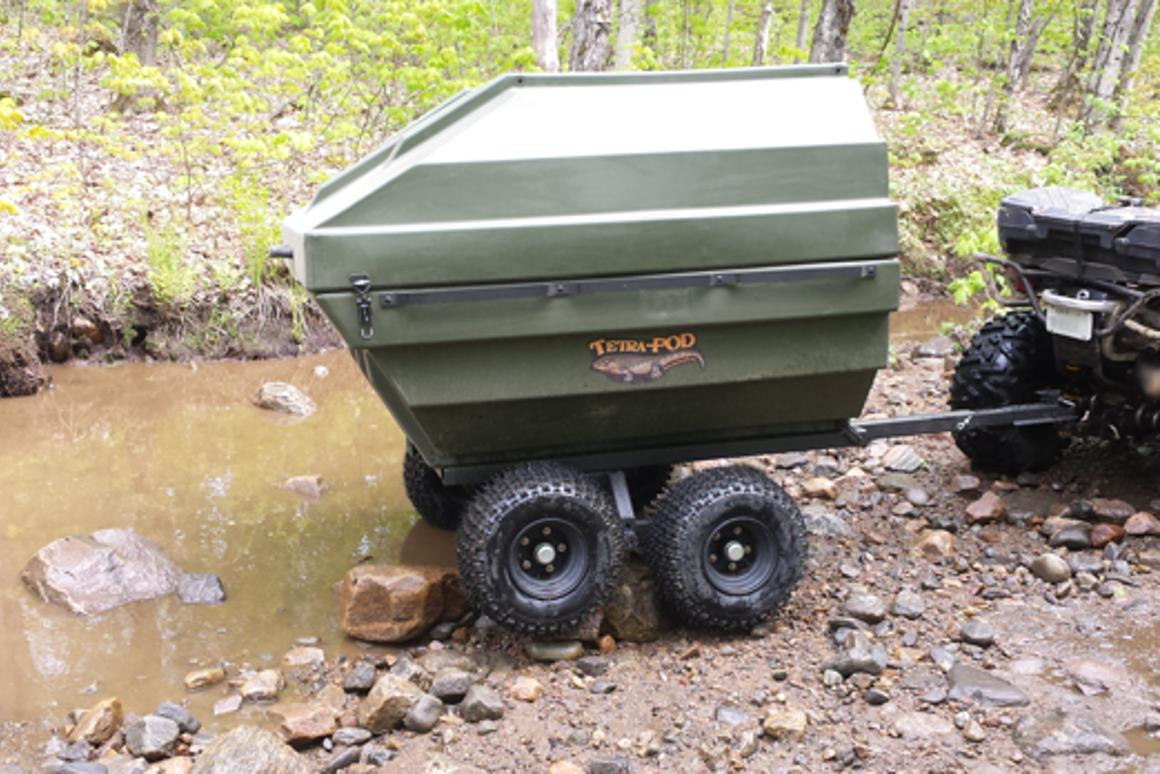 The Tetra-POD lid locks into place and opens with the assistance of gas springs