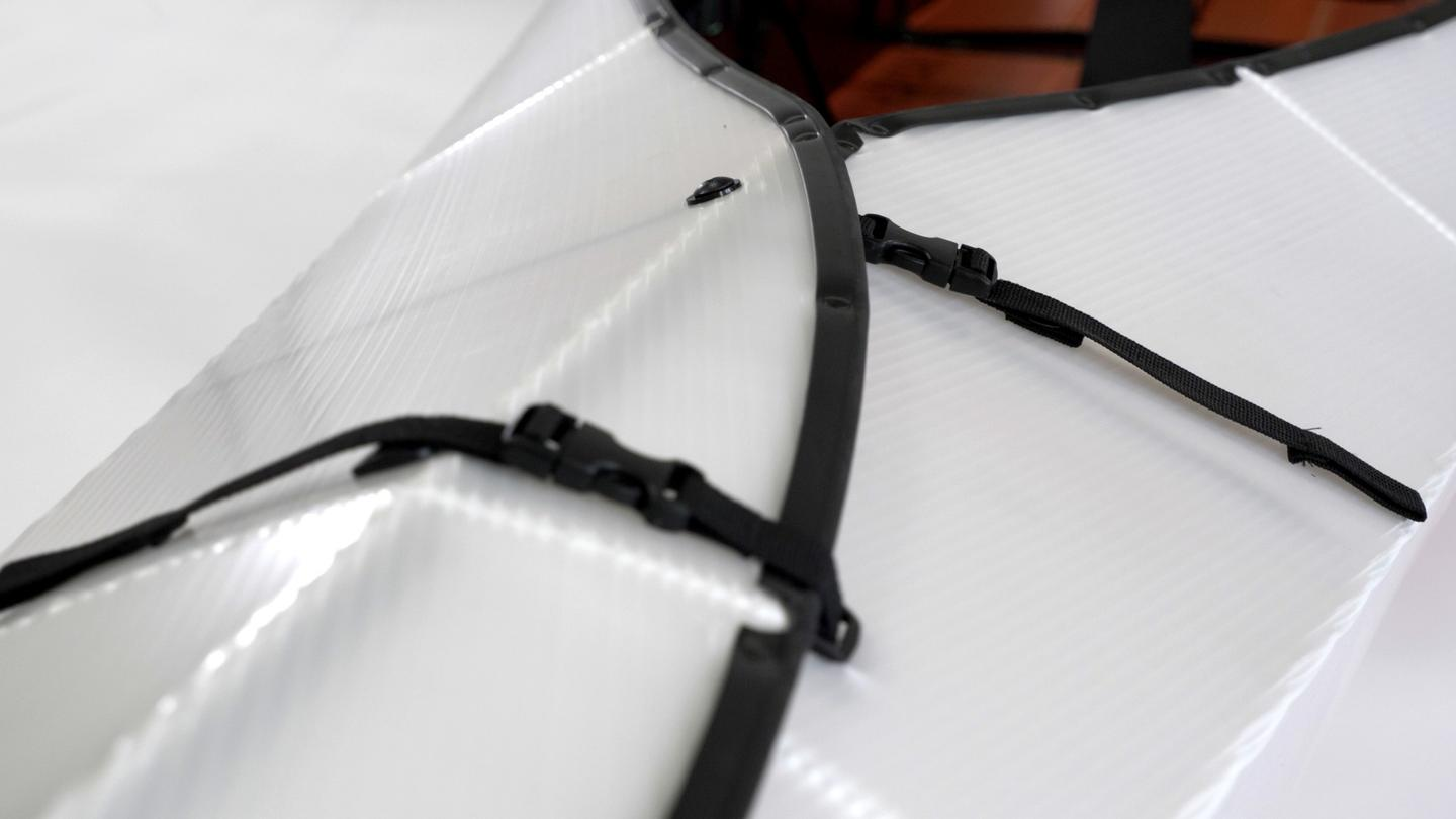 The setup process takes a claimed 10 minutes, and is facilitated by interlocking color-coded straps and buckles that hold everything together