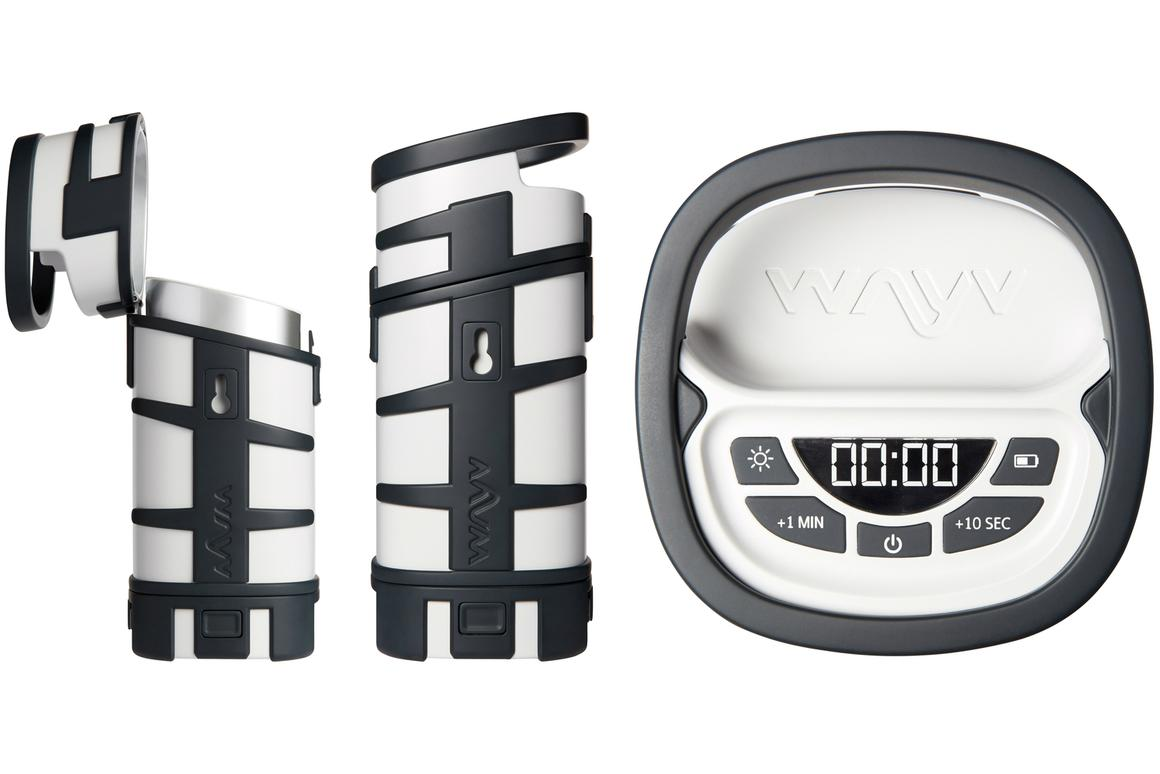Between 100 ml (3.4 fl oz) and 500 ml (16.9 fl oz) of food or drink can be contained in the Wayv Adventurer for heating