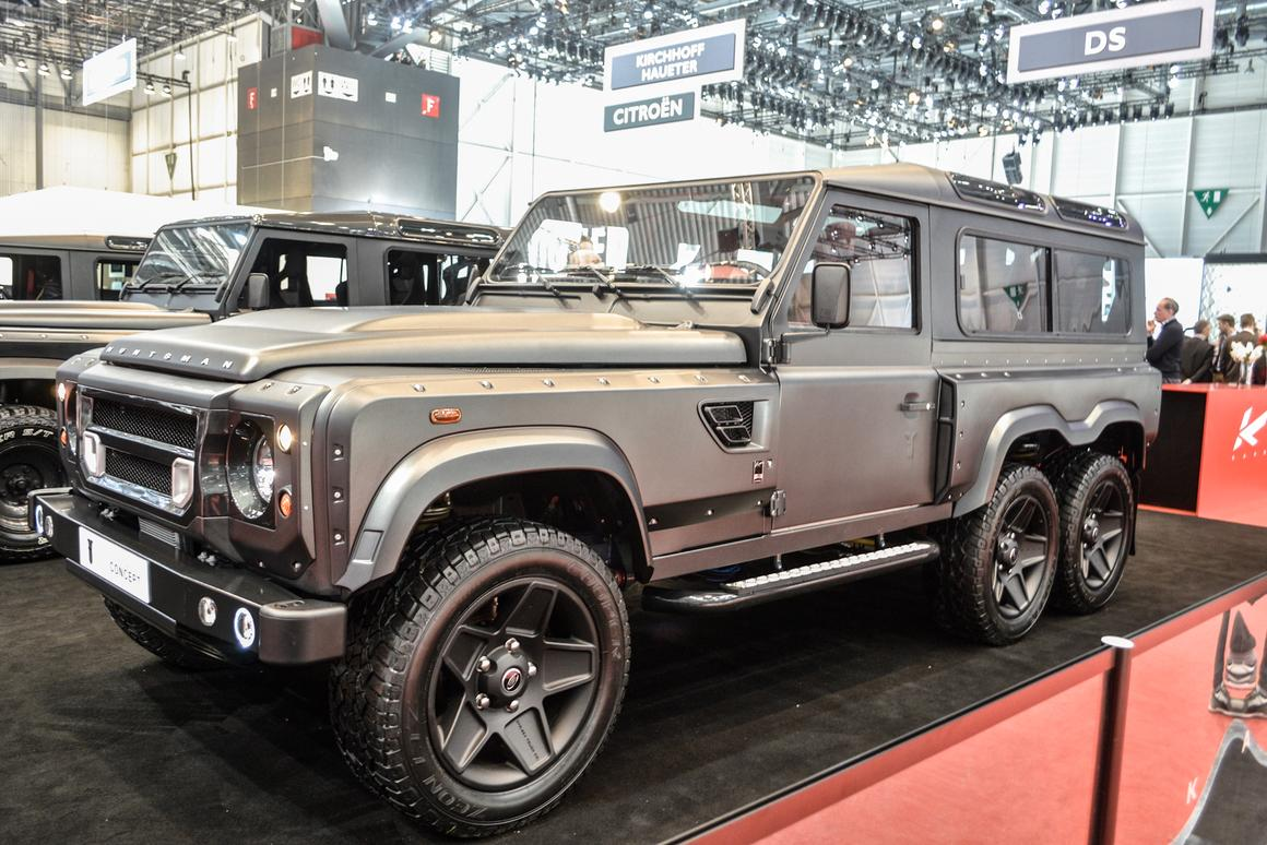 Kahn Design adds an axle to create Land Rover Defender 6x6