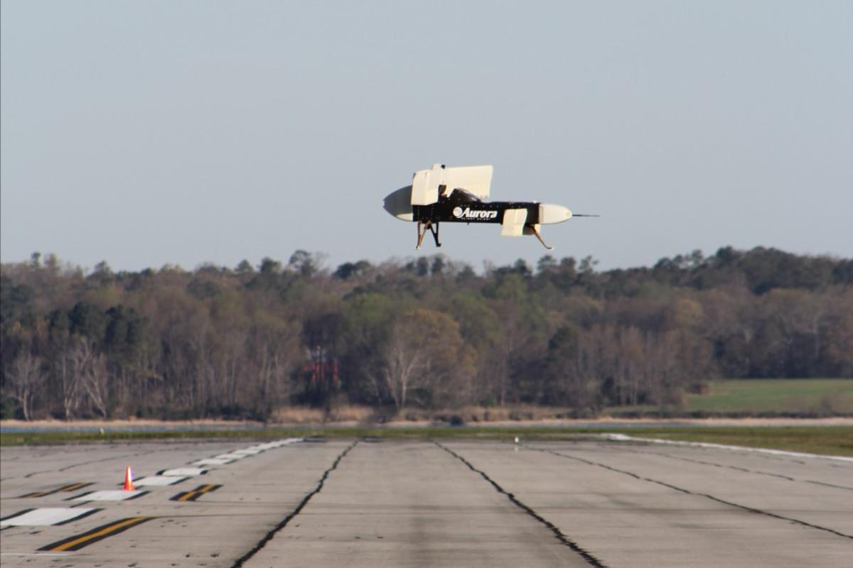 The flight was conducted using a 1/5 scale model