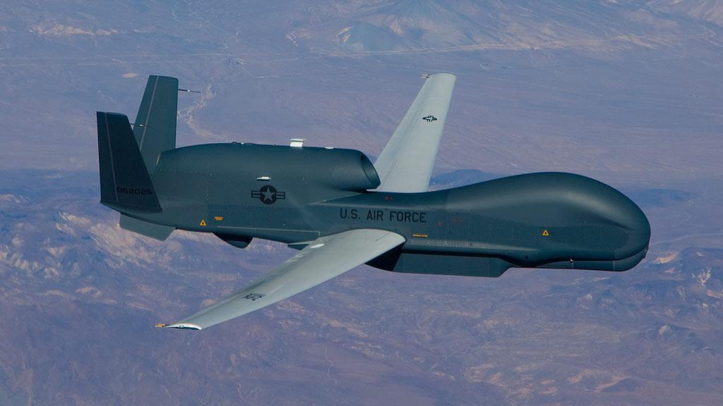 The first flight of the Block 40 Global Hawk unmanned aircraft, which will help warfighters detect, track and identify stationary and moving targets (Photo: Edwards AFB)