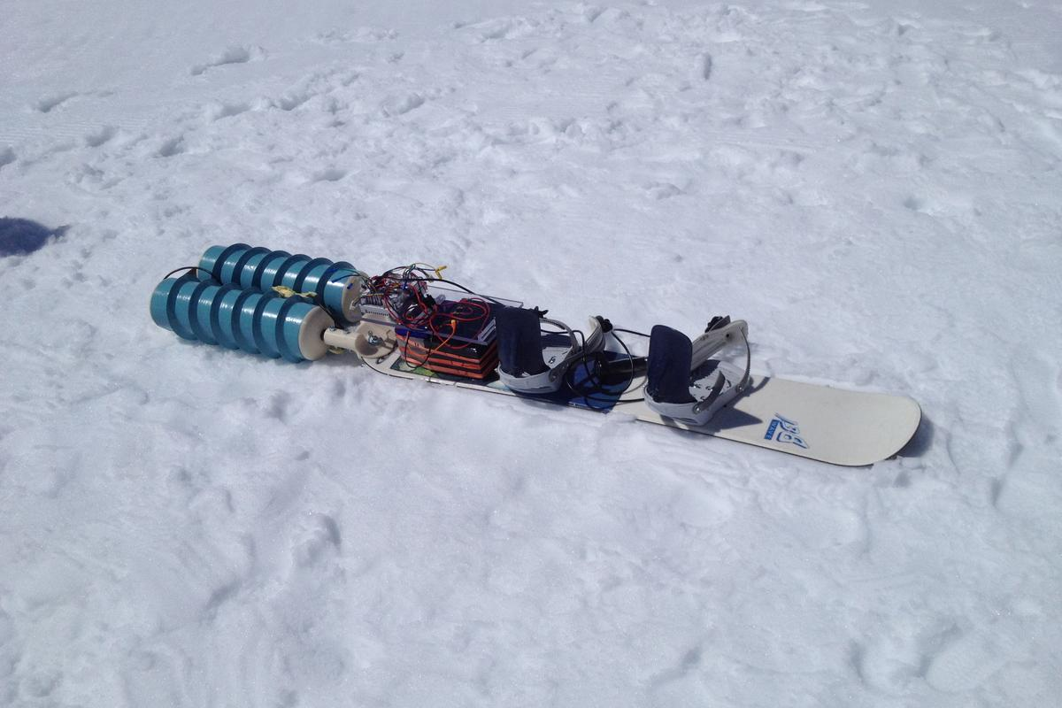 The students tested the Propul~Surf in the Alps recently