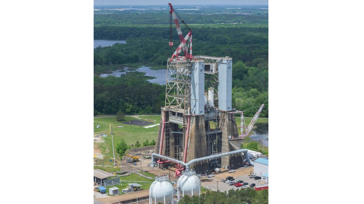 Blue Origin will upgrade and refurbish Test Stand 4670 at NASA's Marshall Space Flight Center in Huntsville, Alabama to support testing of their BE-3U and BE-4 rocket engines