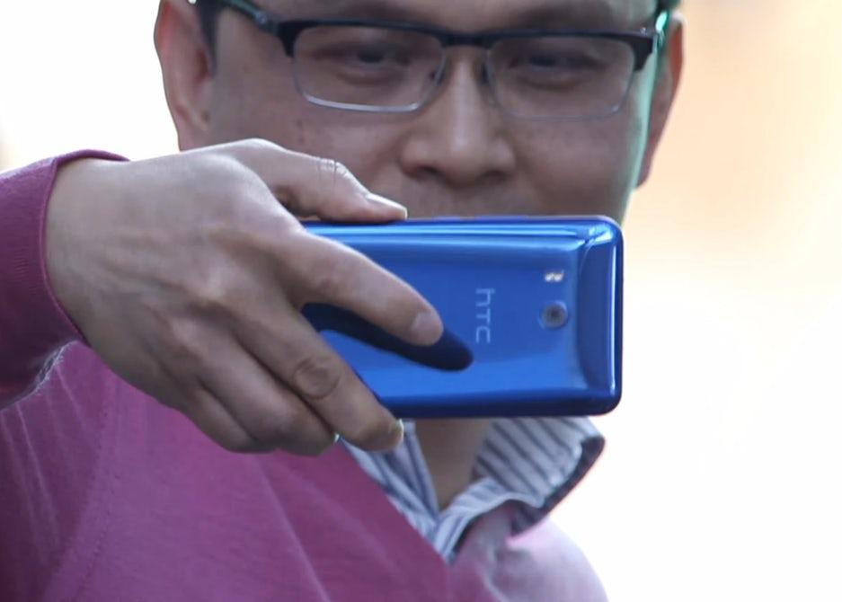In a video released today, HTC has expanded on the functionality of its Edge Sense technologya little