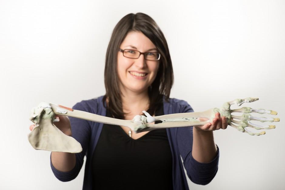 Monash University's Michelle Quayle shows off part of the Printed Anatomy Series kit