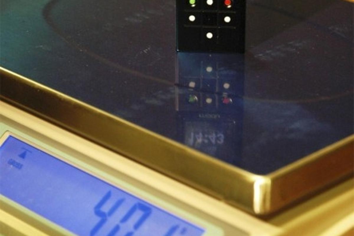 modu: the world's lightest mobile phone