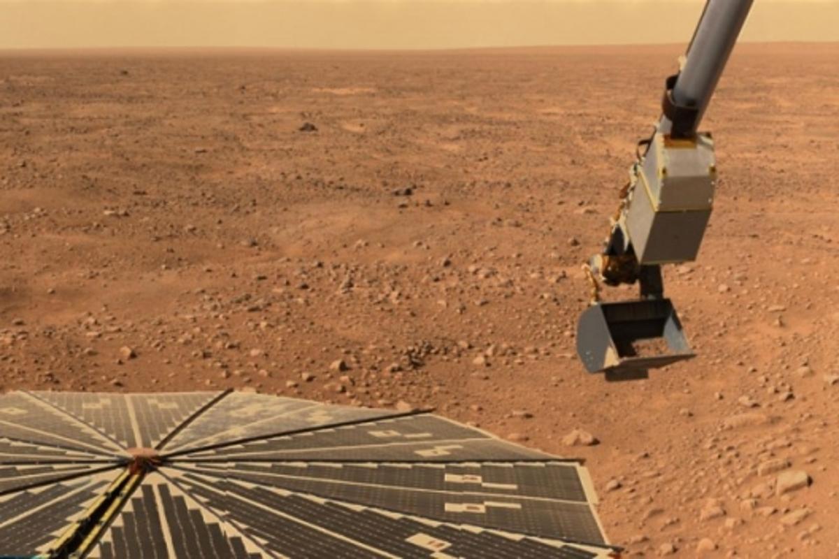 Phoenix spacecraft on Mars. Image credit: NASA/JPL-Calech/University of Arizona