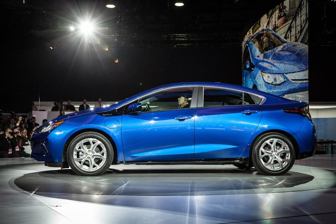 Chevy shows the 2016 Volt at NAIAS 2015 (Photo: Loz Blain/Gizmag.com)