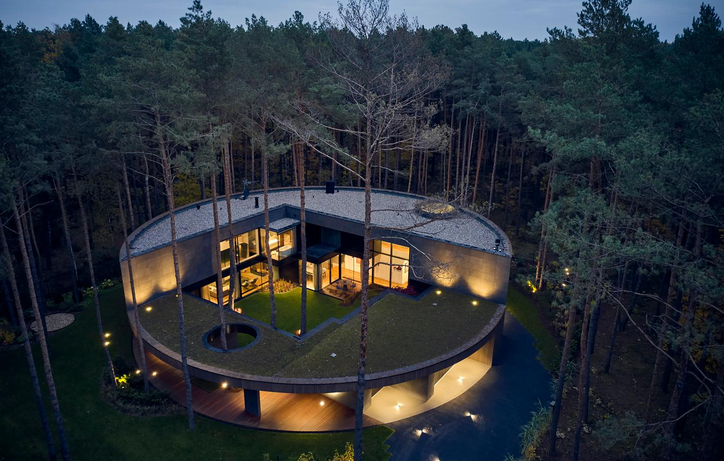 Circle Wood consists of a reinforced concrete structure that's clad in Okume wood sourced from West Africa