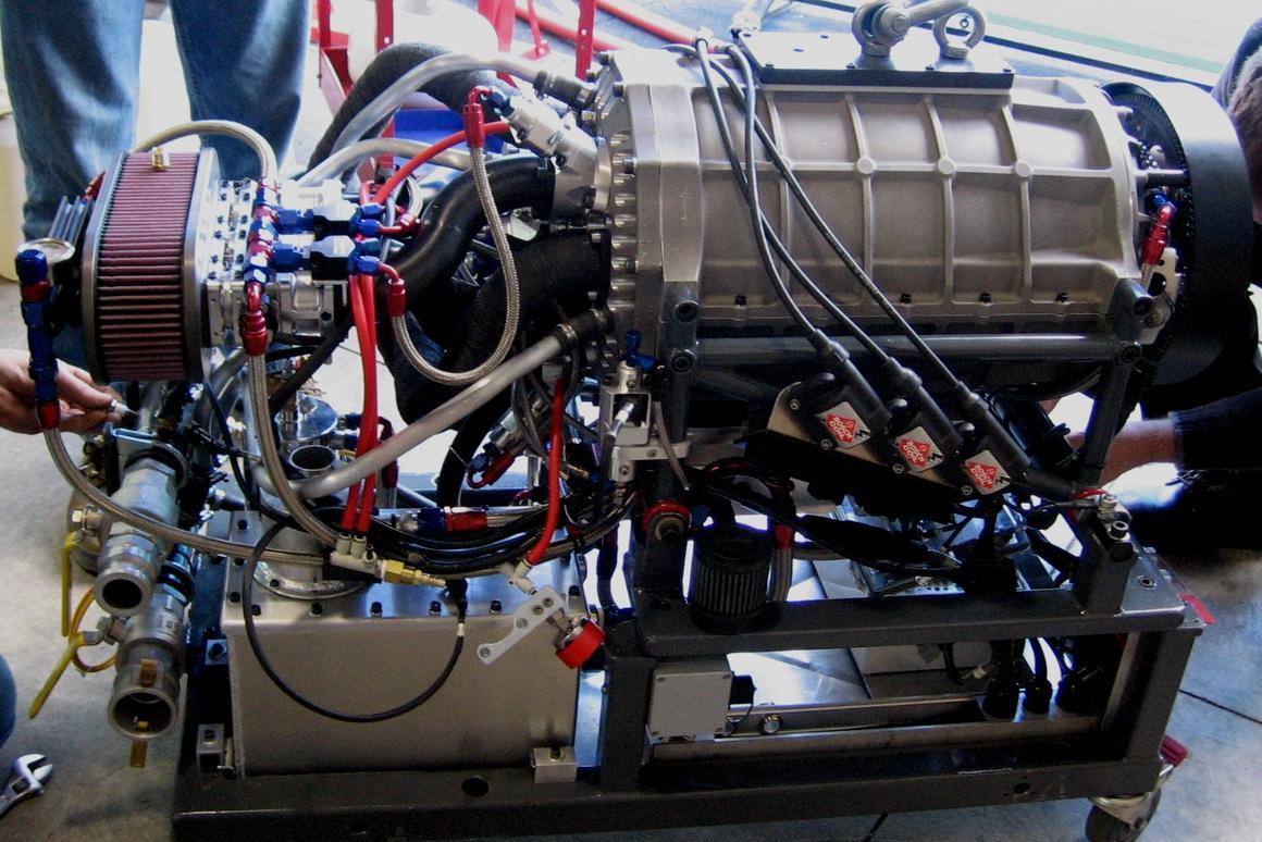 Duke Engines' incredibly compact, lightweight valveless