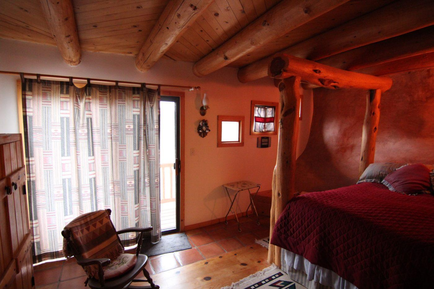 Cliff Haven includes three bedrooms
