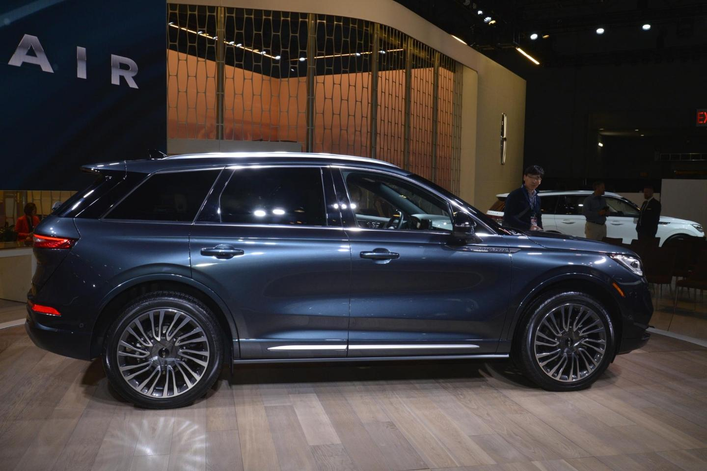 In photos: The 2019 NY Auto Show, from supercars to all