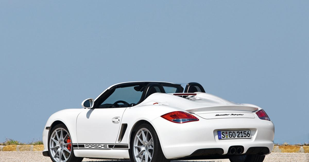 Video: Forget your creature comforts, Porsche's 2010 Boxster