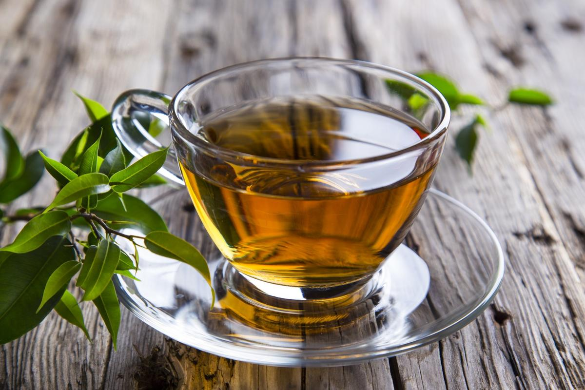 A compound found in green tea, already being examined as a potential Alzheimer's treatment, may also be useful in preventing heart disease