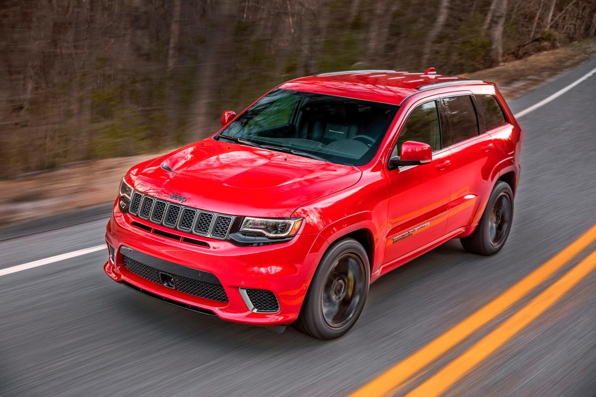 The Jeep Grand Cherokee Trackhawk is essentially a high-riding Hellcat