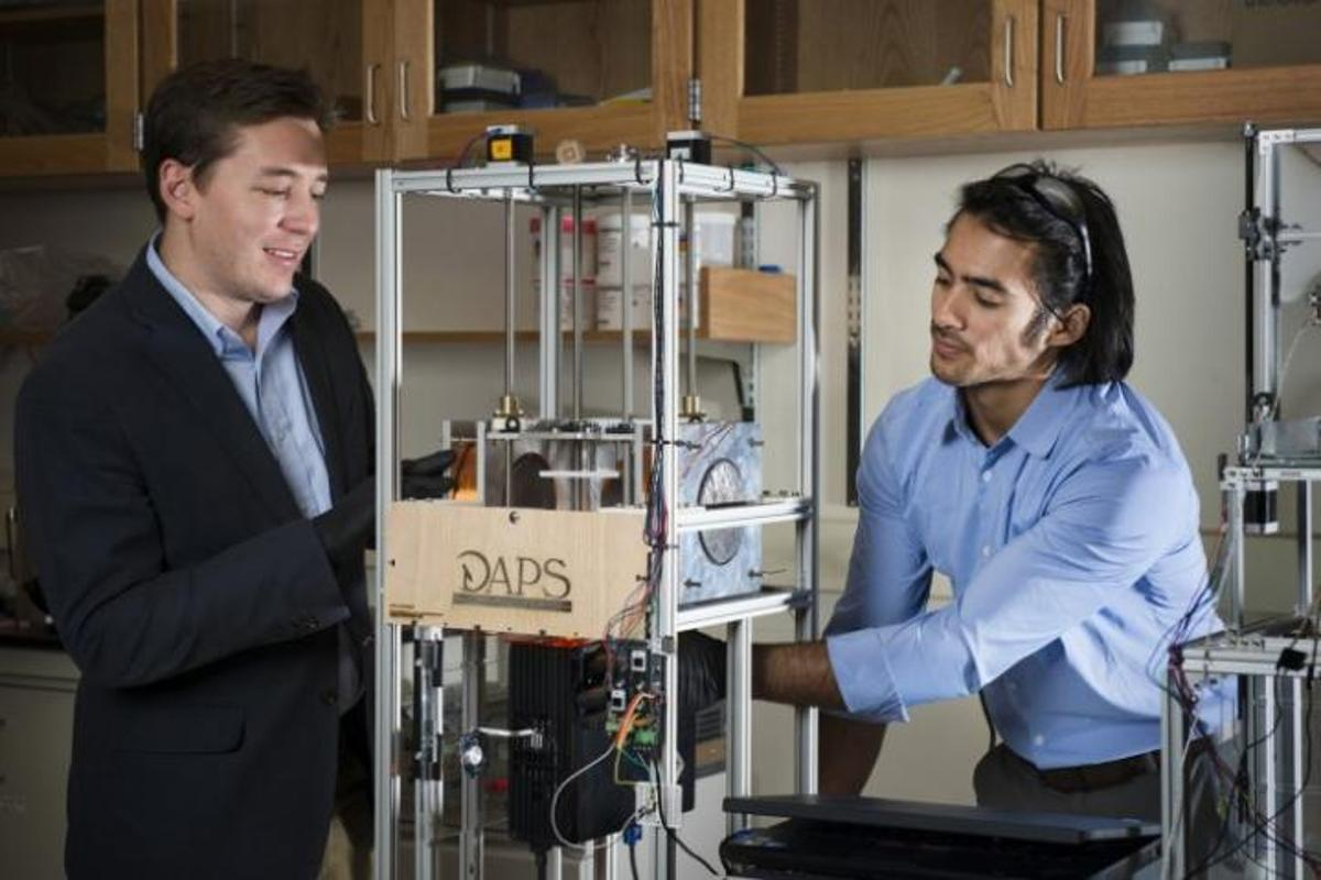 A new 3D printing technology could produce patient-specific neonatal catheters and surgical implants