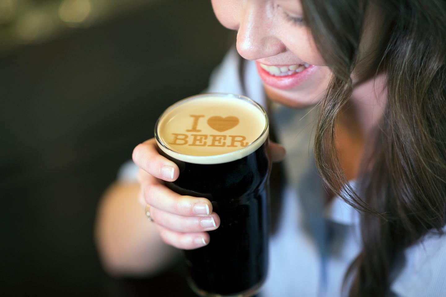 Beer Ripples prints messages and images using a malt-based ink