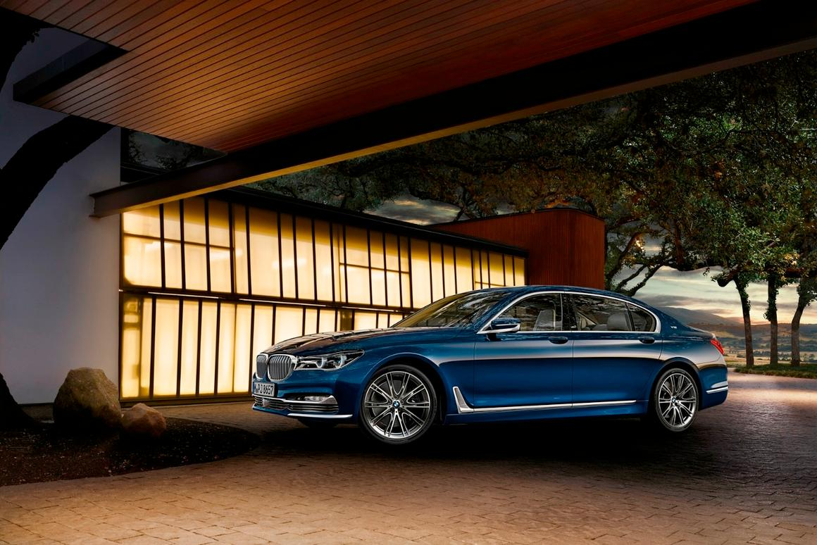 The Next 100 Years >> Bmw Celebrates 100 Special Years With 100 Special 7 Series Cars