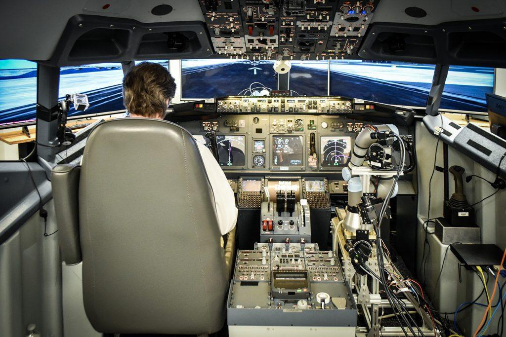 ALIAS was tested in a 737 flight simulator