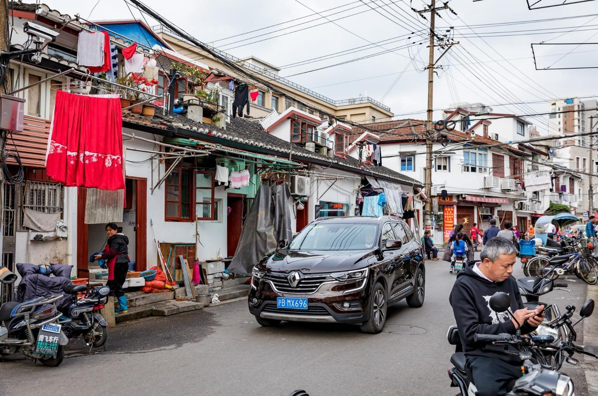 Small crossovers make sense on crowded Chinese streets