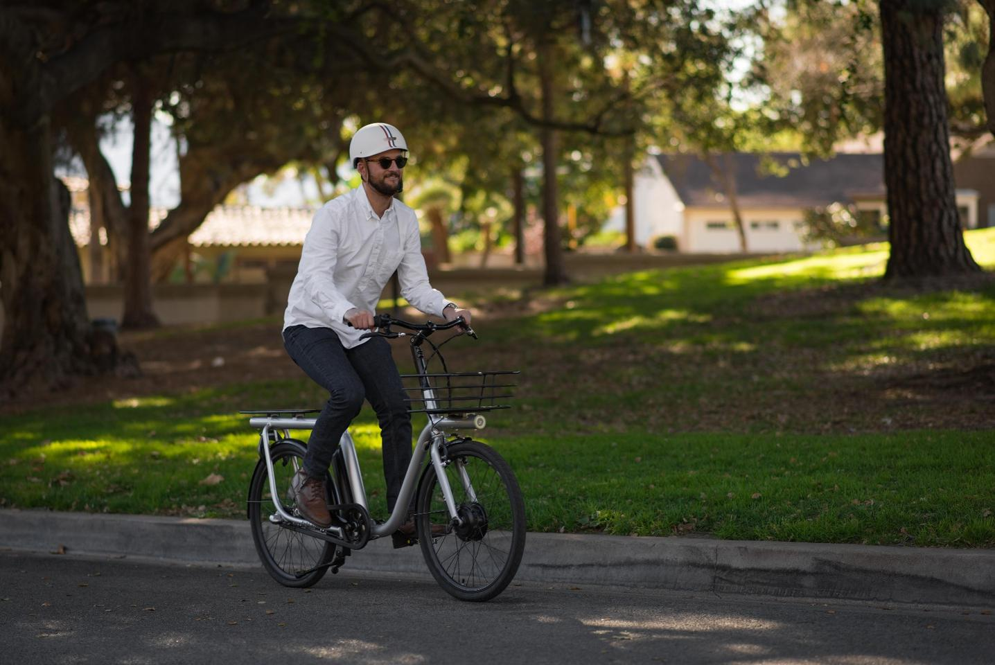 The Capacita smart cargo e-bike is the subject of an Indiegogo crowdfunding campaign