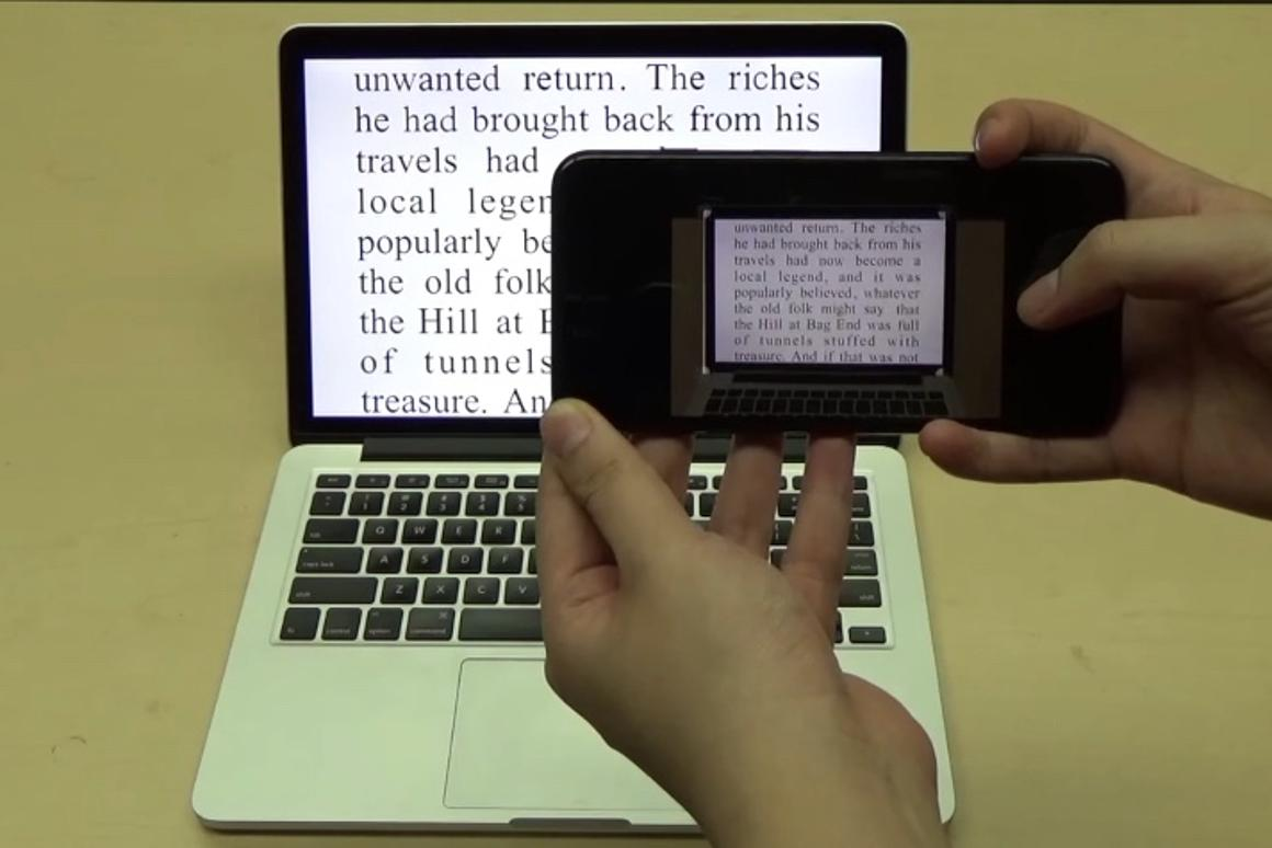 FontCode can even decipher messages from smartphone photos of text on computer screens