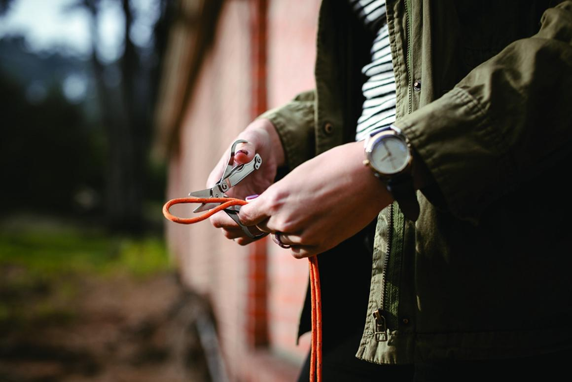 The Snippet's scissors also feature finger loops for a better grip