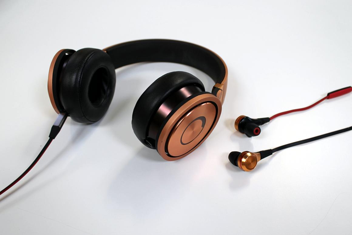 Pioneer released its SE-CX8 earbuds and SE-MX9 full-size headphones earlier this year (Photo: Stu Robarts/Gizmag)