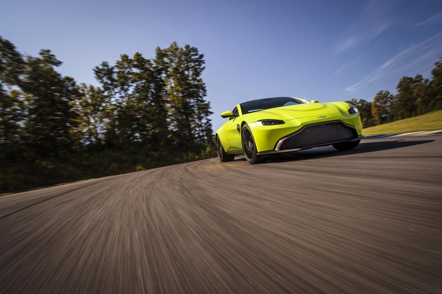 2018 Aston Martin Vantage:electronic differential can lock and unlock in milliseconds, adding to high speed confidence and agility
