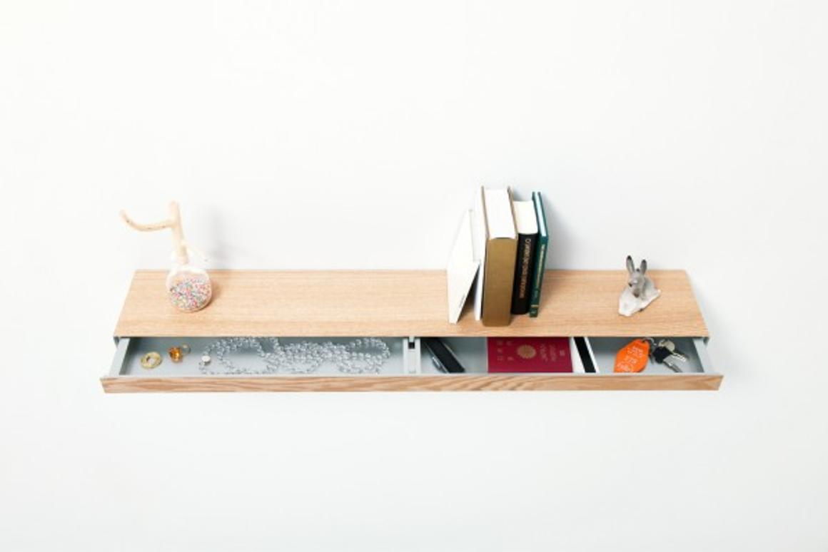 Clopen being used as both a shelf and a drawer