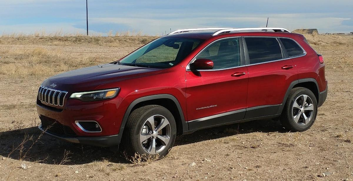 The revamped design for the 2019 Cherokee is a better fit for the crossover, which sits between the smaller Compass and the larger Grand Cherokee in the Jeep lineup