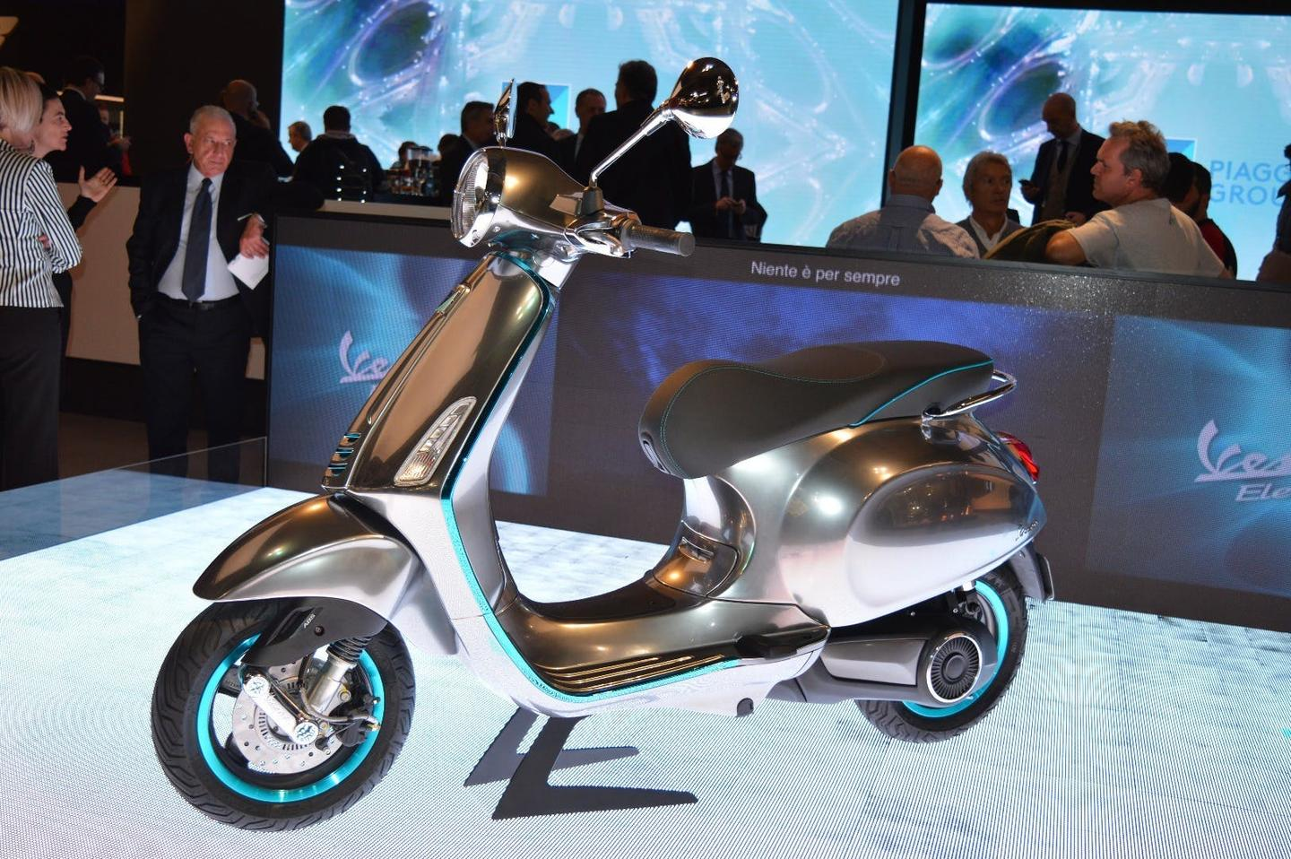 The Vespa Elettrica is available for online order from Europe at a price of €6,390 (approx. US$7,350)