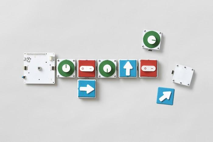 Project Bloksis a modular system, allowing users to compile code out of different instructions tied tophysical blocks