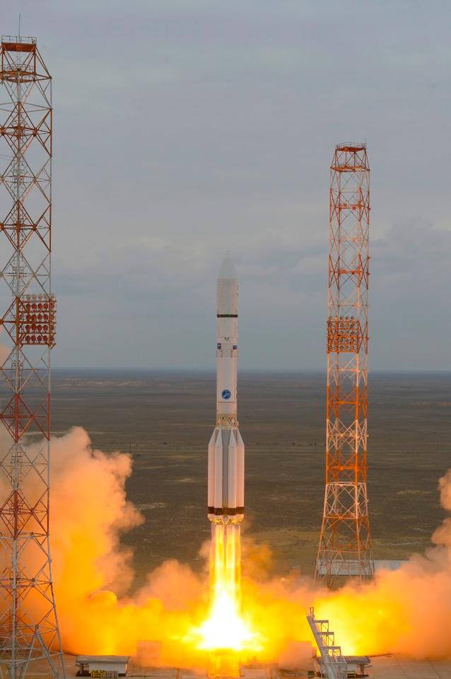 ExoMars 2016 lifting off
