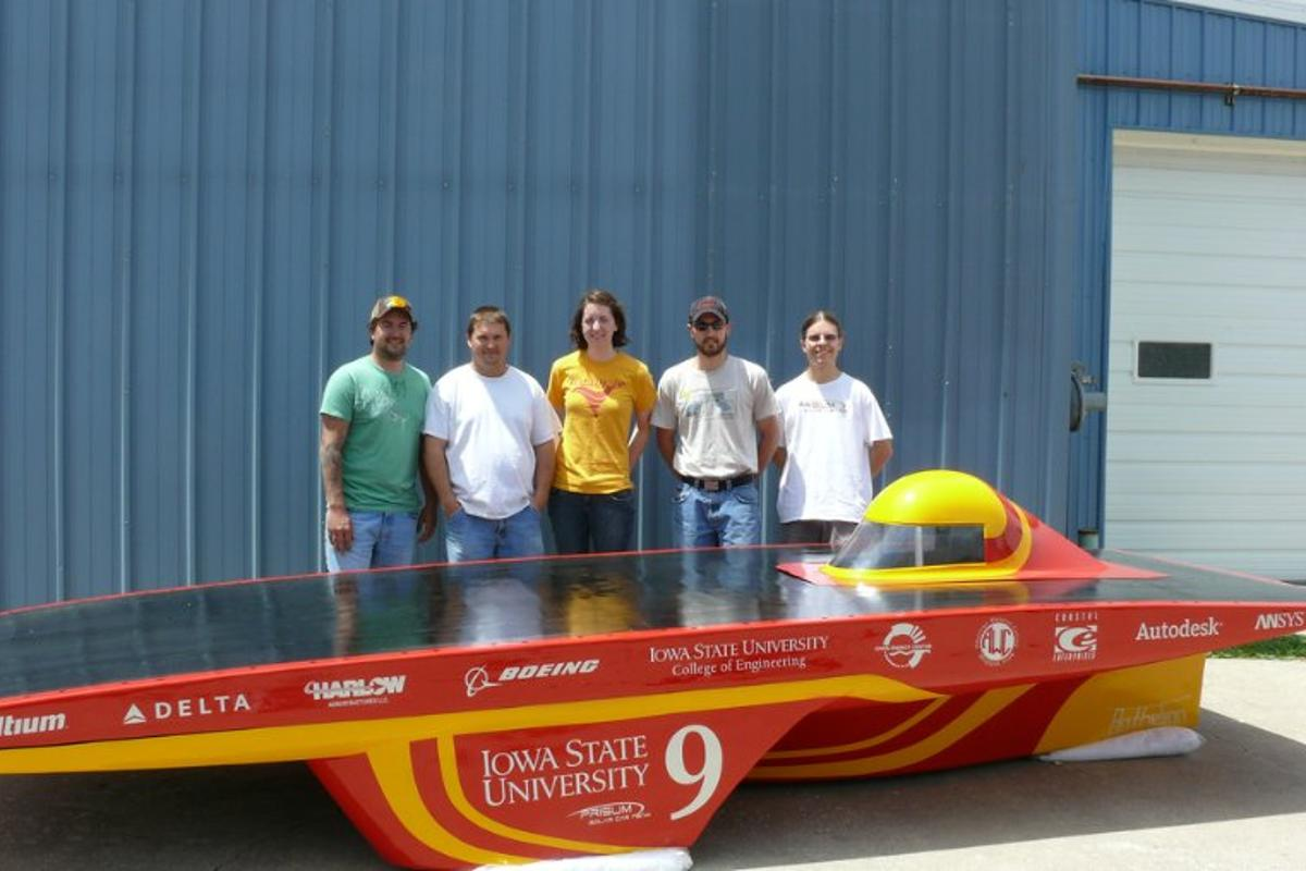 Team PrISUm is currently putting the final touches to its Anthelion solar vehicle, with high hopes of a winning place in this year's American Solar Challenge